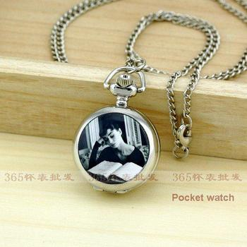 PS517 vintage pocket watch Free Shipping New Arrive Small Size Hepburn Reading Books Pocket Watch For Xmas Gift