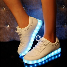 HOT Led Shoes For  Adults Light Up Casual luminous Shoes 7 Colors Outdoor Glowing Women/men Plus Size35-44 zapatos mujer (China (Mainland))