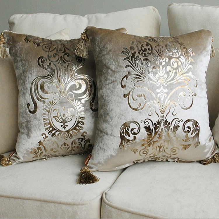 luxurious bronzing velvet home decor pillow cover with
