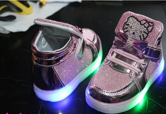 Весна новинка из светодиодов свет синди цвет мартин сапоги девушки парни световой свободного покроя спортивная обувь мода детские кроссовки бесплатная доставка