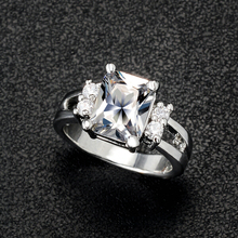 Crystal Shop Brand Design Delicate Shiny Square Big Stone Austrian Crystal Engagement Ring Zircon Wedding Rings For Women  M12
