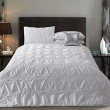 Embroidered bedding four piece set solid color cotton 100% double embroidery duvet cover 100% cotton(China (Mainland))