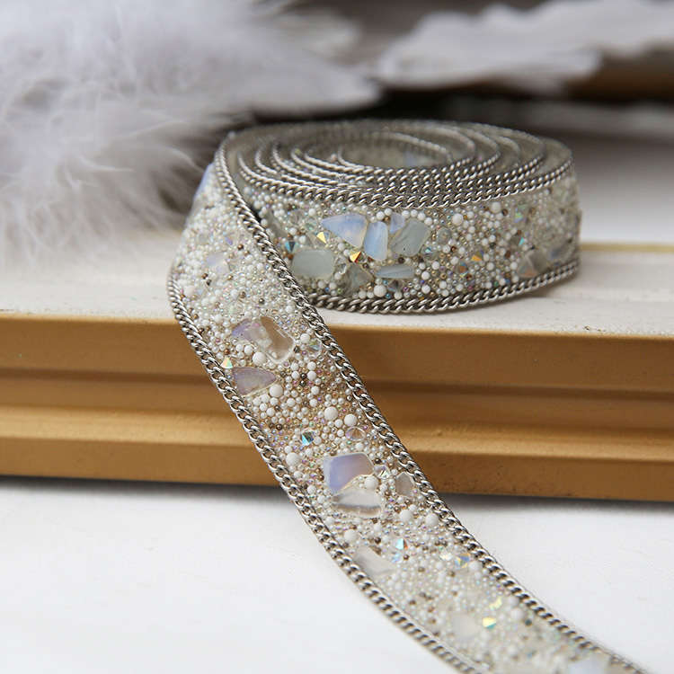Clothing accessories handmade materials fabric applique patch Crystal Rhinestone lace trim Iron on or Sew on the clothes(China (Mainland))
