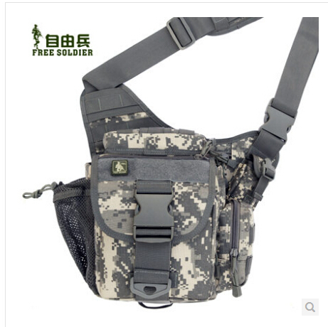 Здесь можно купить  Brand:Free Soldier 5441121 Army Super outdoor sports shoulder messenger bag Size:26*26*16CM Material:1000D Nylon  Камера и Сумки