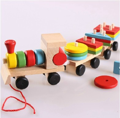 Гаджет  The Shape Of Three Section Blocks Cars Small Tractor Train Environmental Protection Wooden Toy Thomas Train toys for Kids  None Игрушки и Хобби