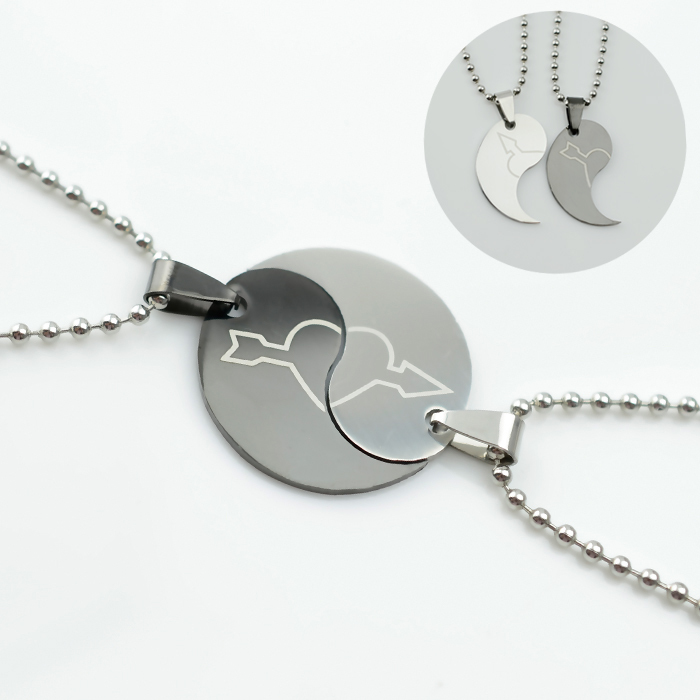 2pcs Black & Silver Couples Heart Pendant & Necklace,W/2pcs Stainless steel Chain Genuine,Lovers Jewelry Spouse,Buy 6pcs 50% OFF(China (Mainland))