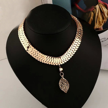 Chunky Gold Plated Flate Snake Chain 3D Hollow Leaf Bib Collar Choker Necklace Jewelry For Gift