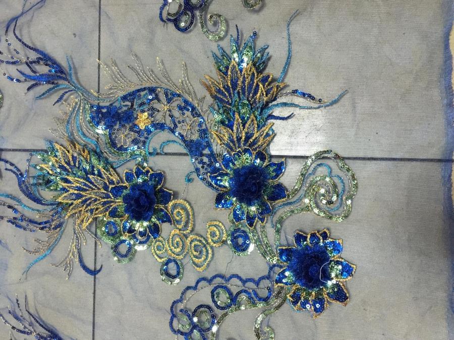 1piece Gorgous Dragon Sequin Fabric Costume Embroidered Flower paillette Applique(China (Mainland))