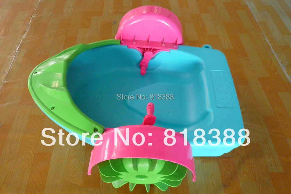 Child hand boats electric bumper boat inflatable pool water ball water roller ball toy(China (Mainland))