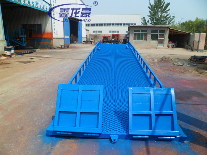 6T 7T 10T hydraulic mobile truck loading ramp for sale(China (Mainland))
