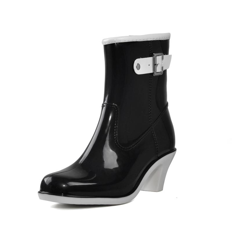Buckle Design Woman Rainning Shoes Mid-calf Women RainBoots Fashion Rubber Waterproof Thick Heel Boots XWX2952(China (Mainland))