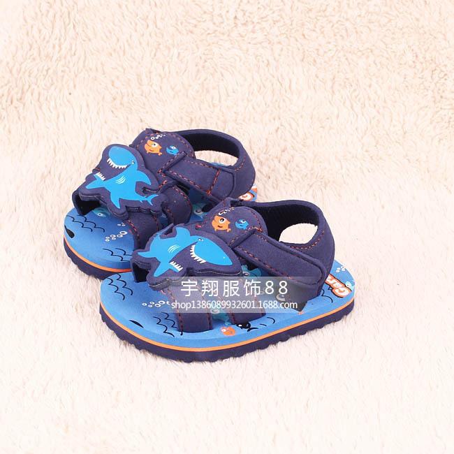 13cm-19.2cm 2015 Free Shipping Lovely Shark Beach Sandals Boys Children Sandals Light One Color(China (Mainland))