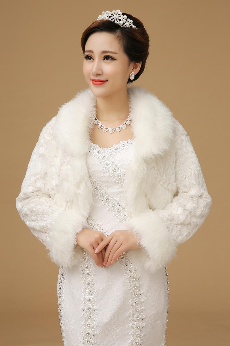 Fourrure robes de mariage d'hiver