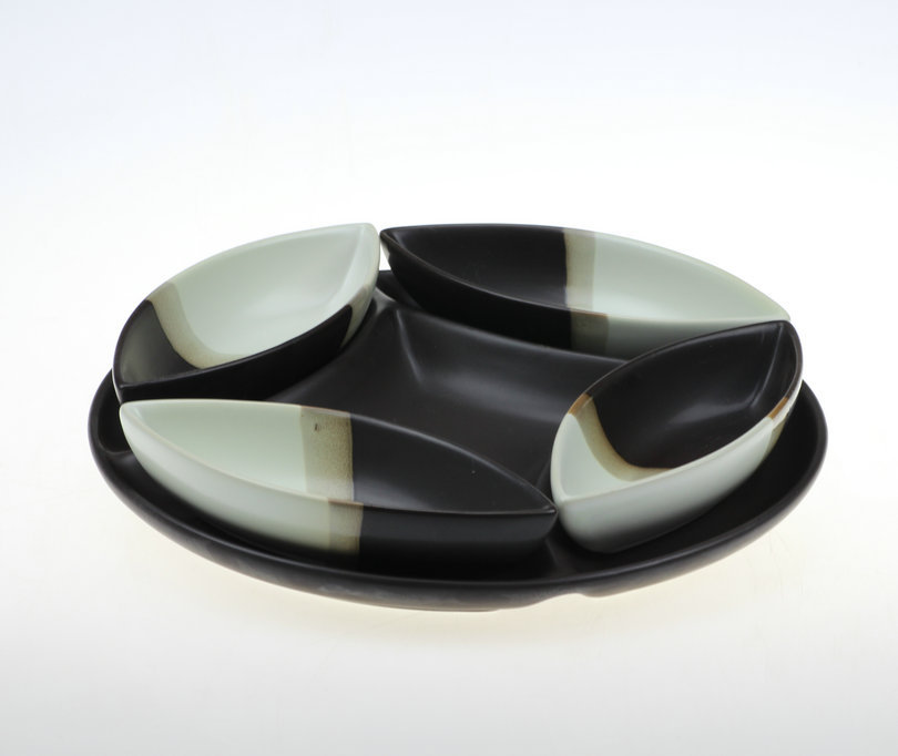 Creative tricolor round rustic simple modern decor dried fruit compote dish cabinet Wujiantao Decoration jewelry showroom(China (Mainland))