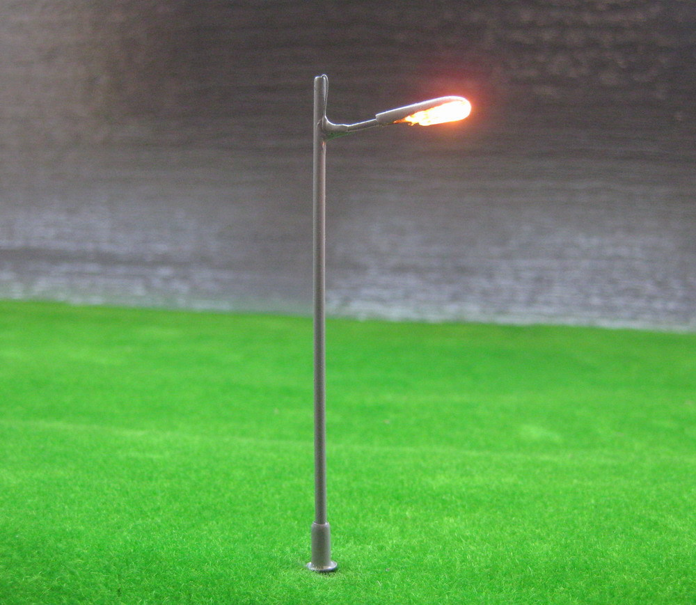 L043 Model Railway Lamppost Lamps Street Lights HO Scale 7.5cm 12V New(China (Mainland))