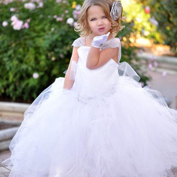 robe de mariage enfant longue douce dentelle blanche fille ForRobes De Fleurs Pour Les Mariages