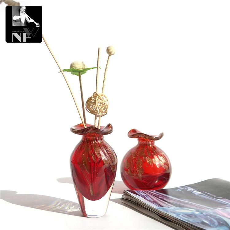 Export red trumpet Mini Glass Vase Home Furnishing decoration small ornaments oil bottle perfume bottle without fire(China (Mainland))