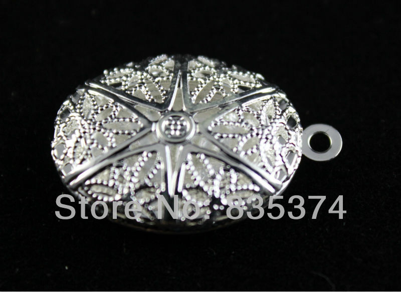 Free Shipping silver plated Picture/ hollow out Photo Frame Oval Locket Pendants 17*21mm(China (Mainland))