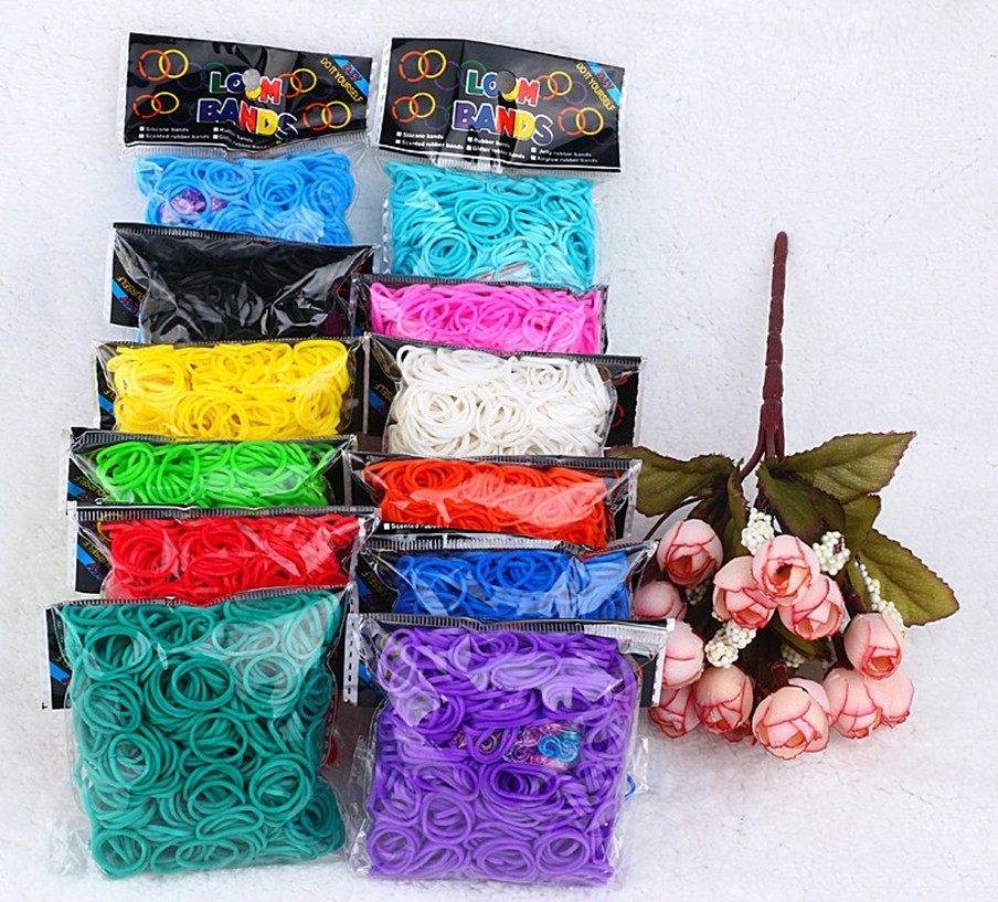 Trail order DIY 17 Colors candy Loom Refill Rubber Bands (600band +24 clips ) Fashion accessory(China (Mainland))
