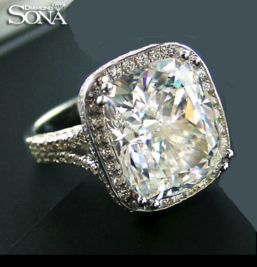 Sona 8 Carat Diamond Silver Queen Ring Extra Large Synthetic Diamond Euro-American Exaggerating And Trendsetting Color Grade IJ(China (Mainland))