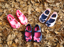 2016 Kids Shoes For Girls New Limited Strap Baby Rubber Mini Melissa Cute Bow Sandals Children Bowtie Summer With Fragrance(China (Mainland))