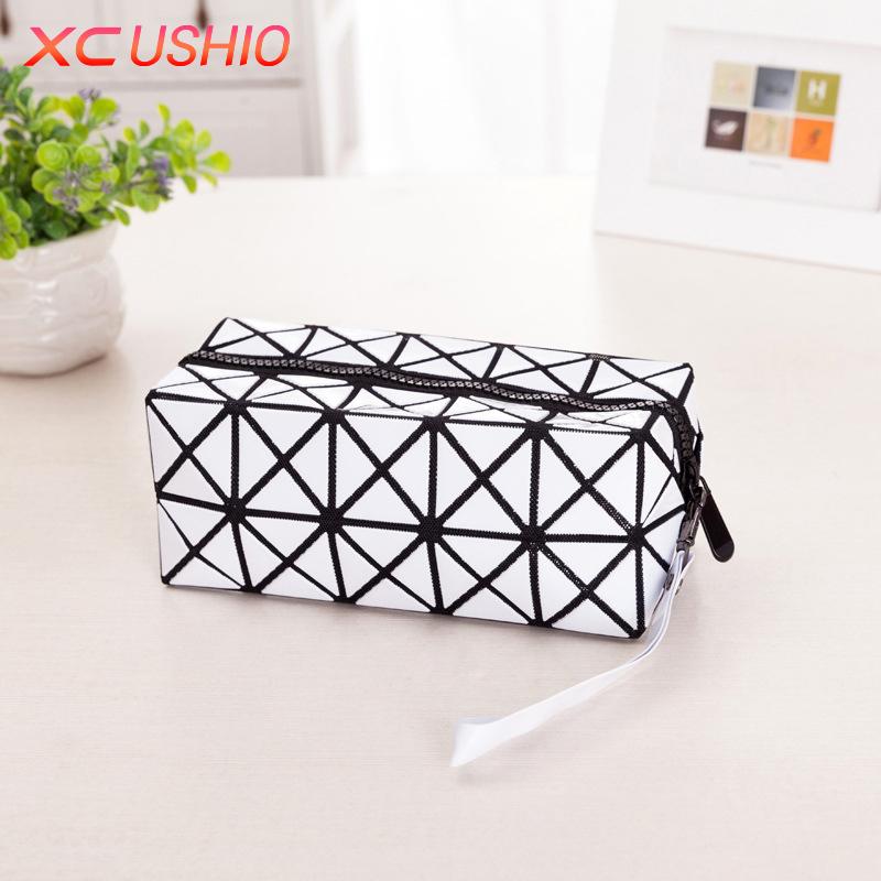 Fashion Geometric Zipper Cosmetic Storage Bag Women Flash Diamond Leather Makeup Bag Portable Ladies Organizer Case(China (Mainland))