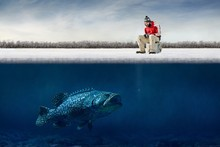 Funny uy Ice Big Fish Hooks Fisherman Winter Fishing Humor Funny Fabr Silk Poster Print Home Decoration B0420-20(China (Mainland))