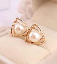Korean jewelry sweet and romantic and lovely and generous temperament imitation pearl earrings Free shipping(China (Mainland))