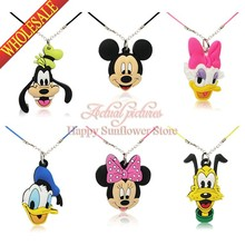 New Hot Sale 4PCS/SET Mickey Minnie Donald Duck Cartoon Character 2D Pendants Necklace for Children Gift/Toys Travel Accessories(China (Mainland))