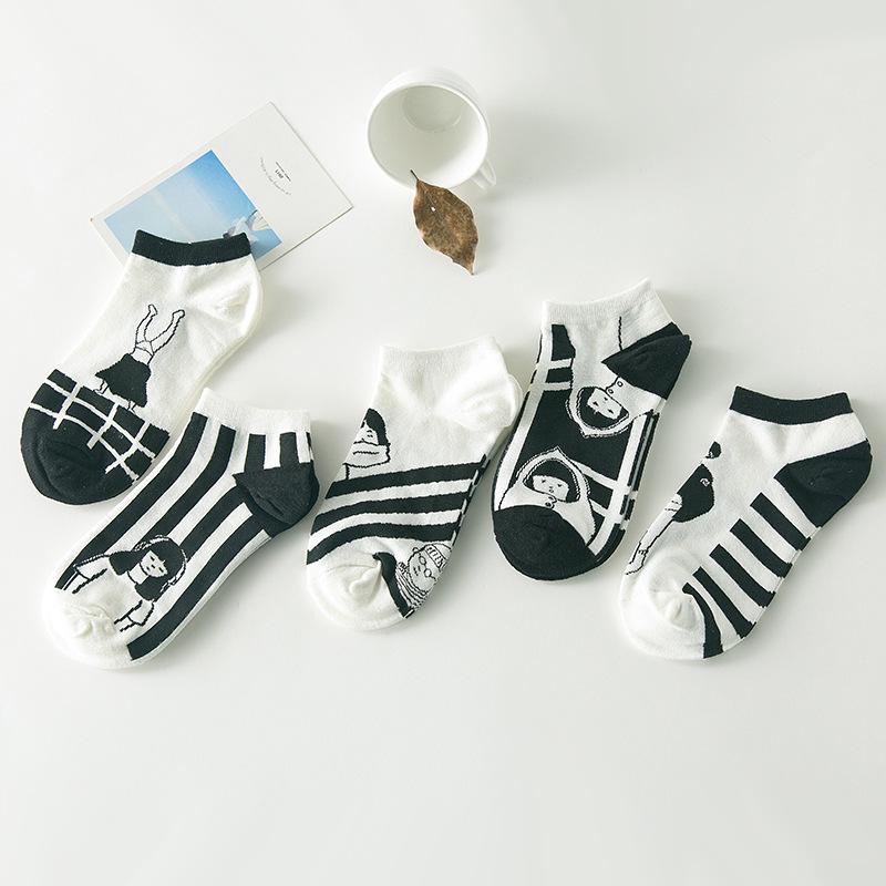 2016 New Kawaii Korean Women Cotton Sock Cute Black And White Creative Novelty calcetines mujer A123(China (Mainland))
