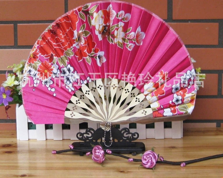 Fan blade folding fans Chinese Bamboo Chinese classical art silk hand fan Soochow flower crafts home decor gifts folding fan(China (Mainland))