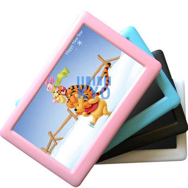 Uniscom D9 8GB MP4 Player MP5 Support MP3 WMA WAV OGG APE FLAC AVI MP4 RM RMVB FLV MOV MKV TXT E Book TF Card Photo Viewer 4.3(China (Mainland))
