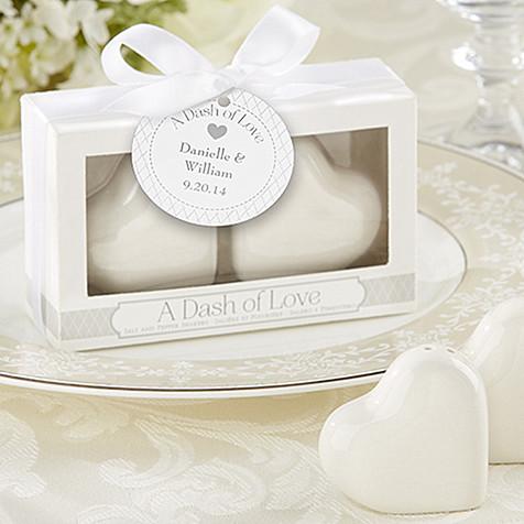 "Free shipping 160pcs/lot Wedding favor / ceramic Favors ""A Dash of Love"" Ceramic Heart Salt & Pepper Shakers(China (Mainland))"
