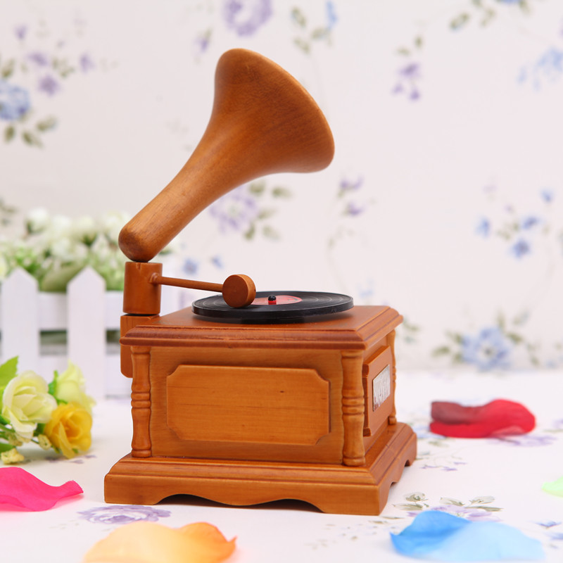 FREE SHIPPING Retro imitation phonograph music box music box birthday gift in the choice of decoration technology(China (Mainland))