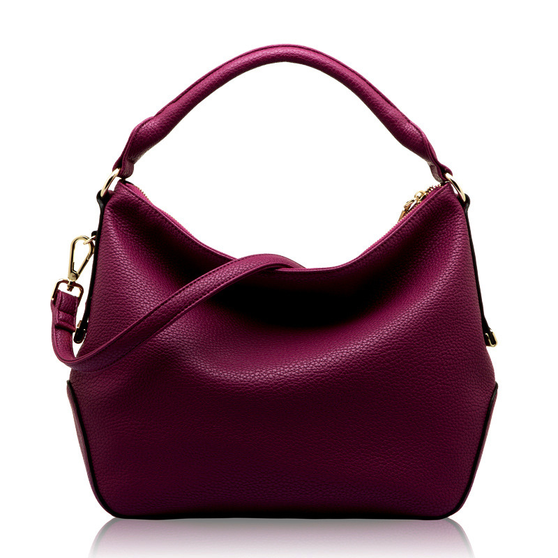 We may do our best to keep up with clothing trends that seem to be moving faster than ever, but for some reason, we tend to let our bags fall to the wayside. Maybe it's because handbag trends don.