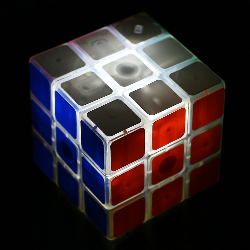 3X3X3 Transparent Edge Flashing Magic Puzzle Speed Professional Cube Ultra-Smooth Educational Twist Toys Cool Puzzle Cube(China (Mainland))