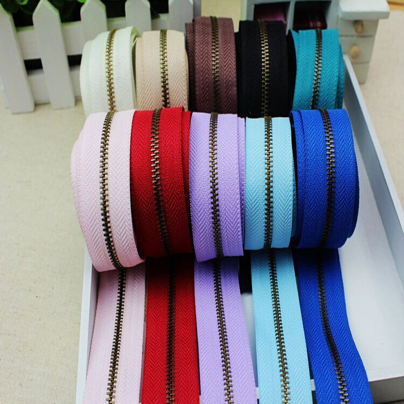 Metal Zipper #3 2Yards Long Chain Metal Zipper DIY Clothes Decoration Zippers For Sewing 1-139(China (Mainland))