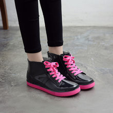 HTUUA Renkli Su Geçirmez yağmur çizmeleri Kadın Çıkarılabilir Kapak Peluş Platformu Lace Up Kısa yarım çizmeler yağmur ayakkabıları Kadın SX3235(China)