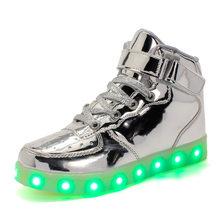 2019 LED Light Up Mannen Vrouwen Chaussures Lumineuse Zapatos Schoenen Sotansmith schuhe lichtgevende Volwassenen Koppels Casual Schoenen(China)