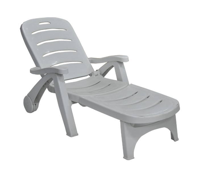 Plastic beach chair chaise longue swimming pool longue spa for Beach chaise longue