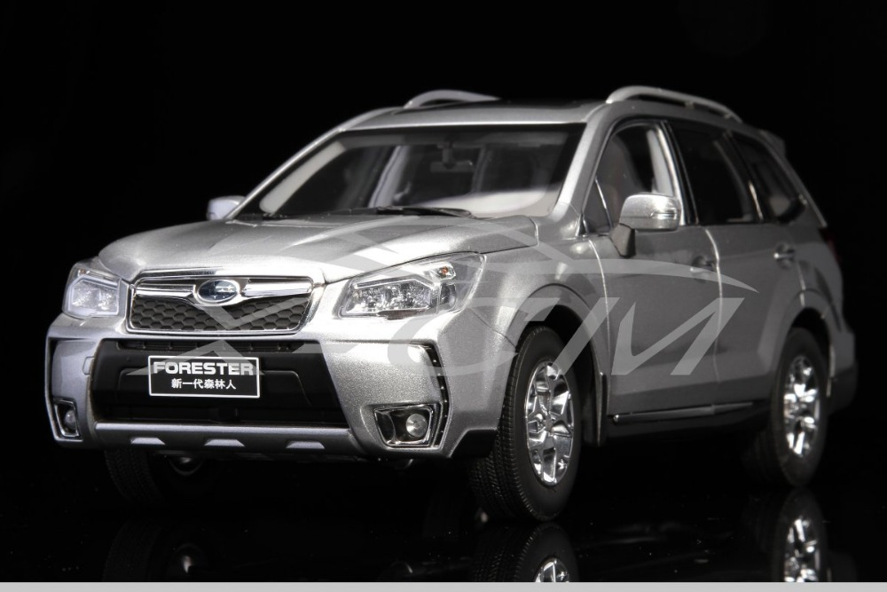 Diecast Car Model Subaru Forester 1:18 (Silver) + SMALL GIFT!!!!!!!!!!!(China (Mainland))