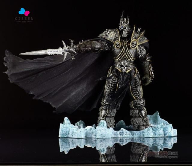 Kissen ame Charater Arthas Action Figure Wow DC Direct 7 Deluxe Boxed 8.5 inch Lich King Arthas Menethil WOW PVC Figure(China (Mainland))