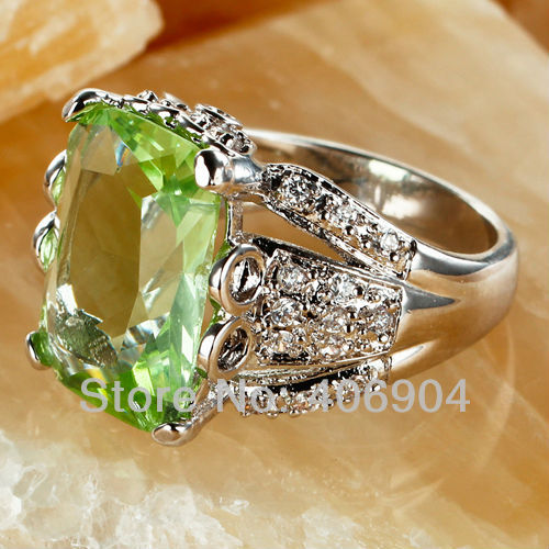 Material: 925 sterling silver stone: simulated diamond stone szie: 9mm