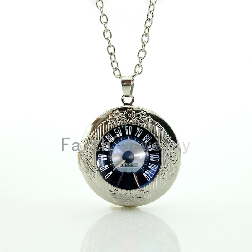 2016 New design Retro Vintage Car Speed test dial pendant necklace classic Car velocity locket jewelry men car gear shift HH226(China (Mainland))